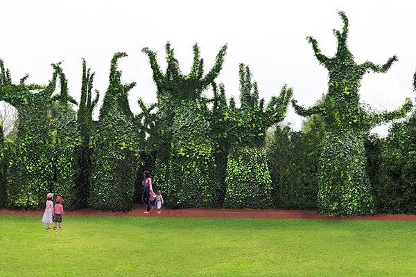 Friends of Tauranga Art Gallery - Hamilton Gardens Behind the Scenes Tour