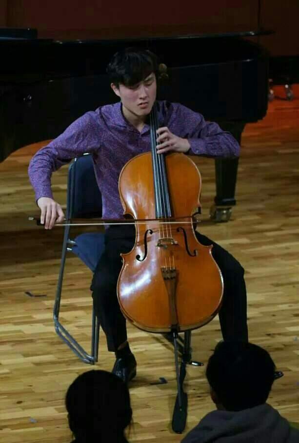 Cellist Dominic Lee in Concert